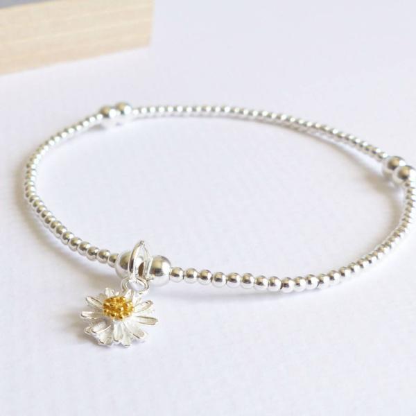 1f8902908e4ef2 Sterling Silver Daisy Charm Bracelet